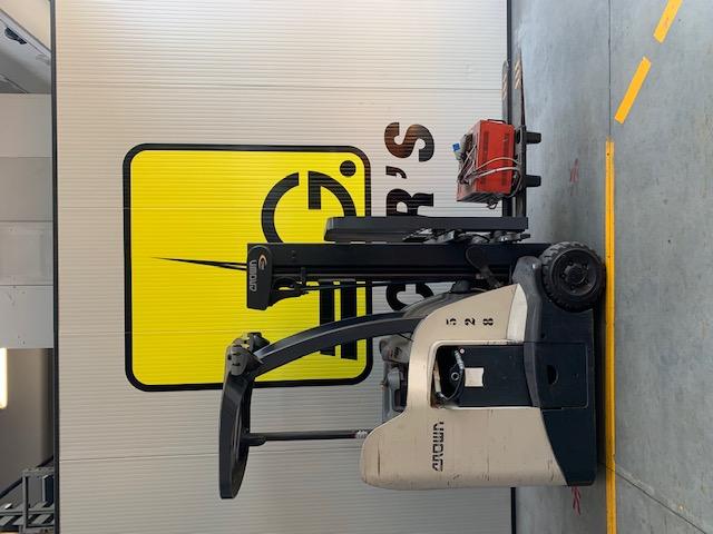 Carrello elev. elettrico 3 ruote usato e a noleggio CROWN RC5515