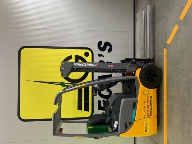 Carrello elev. elettrico 3 ruote usato e a noleggio JUNGHEINRICH EFG110K ATEX