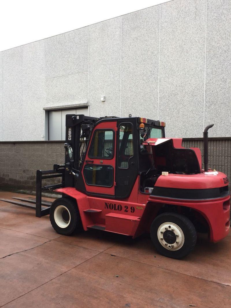 Carrello elev. Diesel usato e a noleggio CLARK C60D